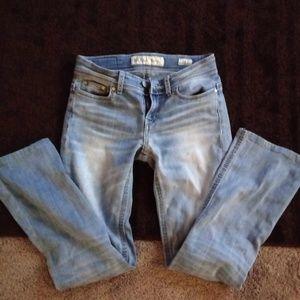 BKE Buckle Jeans size 26